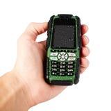 Hand die extreme telefoon, frops van water op het houden, geïsoleerd op w Royalty-vrije Stock Foto's