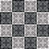 Hand die naadloos patroon voor tegel in zwart-witte kleuren trekken Royalty-vrije Stock Afbeeldingen