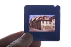Hand die oude 35mm dia houdt Royalty-vrije Stock Foto's