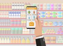 Hand, die Smartphone mit Einkaufsapp hält Lizenzfreie Stockfotos