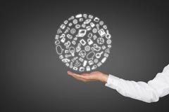 Hand die sociale media pictogrammen houden Royalty-vrije Stock Afbeelding