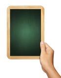 Hand, die Tafel auf Weiß hält Lizenzfreies Stockfoto