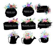 Hand dragen gullig blom- logomall Vektor Illustrationer