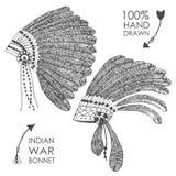 Hand-dragen huvudbonad för indian indisk chef med fjädrar Royaltyfri Foto