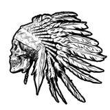 Hand dragen indisk fjäderhuvudbonad för indian med den mänskliga skallen också vektor för coreldrawillustration Arkivbilder