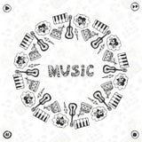 Hand dragen musikram Musikalen skissar symboler Mall för baner, affisch, broschyr, räkning, festival eller konsert Arkivfoton