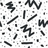 Hand dragen sömlös modell för vektor i memphis stil med band, sicksack och klickar på vit bakgrund Arkivbilder