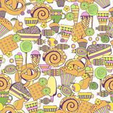 Hand dragen sötsak- och godisuppsättning Sömlös modell för färgrik vektor Royaltyfria Bilder
