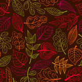 Hand-drawn dark seamless pattern with leaves Royalty Free Stock Photography
