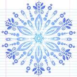 Hand-Drawn Schetsmatige Sneeuwvlok van de Winter van de Krabbel Stock Foto