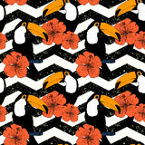 Hand drawn seamless pattern with toucans in vector Royalty Free Stock Photos