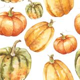 Hand drawn watercolor pumpkins fall seamless pattern on isolated white background. Watercolor illustration. Hand drawing. It is pe