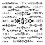 Hand drog avdelare Textlinjer garnering för dekorativ gräns för tappningbokjobbkort att klottra den delande linjen klotteravbrott stock illustrationer