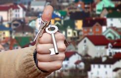 Hand en sleutels Stock Foto's