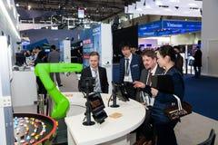 Hand Fanuc för industriell robot på utställningen Cebit 2017 i Hannover Messe, Tyskland Fotografering för Bildbyråer
