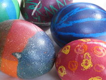 Hand-gekleurde eieren Stock Foto