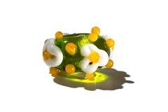 Hand - gemaakt met de parel van het bloemenglas groen stock foto