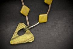 Hand - gemaakte halsband stock foto's