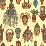 Hand getrokken Afrikaanse maskers Stock Afbeeldingen