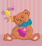 Hand getrokken bontteddybeer met een hart in poten Stock Foto