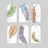 Hand getrokken creatieve markeringen met veren Het winkelen, verkoop, reclame, markeringen en geïsoleerd productetiket Geïsoleerd vector illustratie