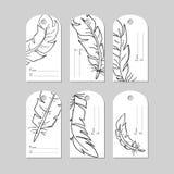 Hand getrokken creatieve markeringen met veren Het winkelen, verkoop, reclame, markeringen en geïsoleerd productetiket Geïsoleerd stock illustratie