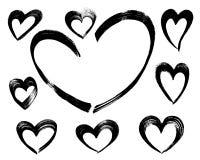 Hand getrokken die hart van borstelslagen wordt gemaakt Stock Foto