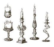 Hand getrokken kaarsen. Retro kandelaars. vector illustratie