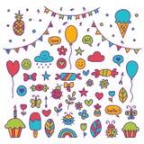 Hand getrokken partijreeks vieringsvoorwerpen De tekeningen van krabbelkinderen Royalty-vrije Stock Afbeeldingen