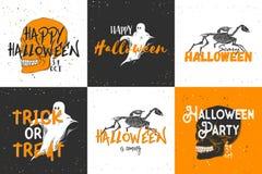 Hand getrokken schets van spook met moderne teksten De gedetailleerde uitstekende tekening van de etsstijl, Halloween-kaarten voo stock illustratie