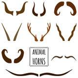 Hand getrokken silhouetteninzameling, reeks dierlijke hoornen vector illustratie