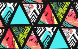 Hand getrokken vector abstract de collage naadloos patroon van de de zomertijd met watermeloen, Azteekse en tropische palmbladenm vector illustratie