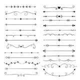 Hand getrokken verdelers De elementen uitstekende grenzen van het lijnontwerp Kalligrafische overladen decoratie Retro verdeler,  vector illustratie