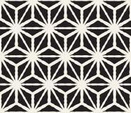 Hand getrokken zwart-wit inkt gestreept naadloos patroon De vectortextuur van het grungerooster De zwart-wit borstel strijkt lijn Stock Afbeeldingen