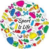 Hand gezeichnet ringsum Satz mit Sportausrüstung Stockfotografie