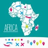 Hand gezeichnete Art flache Afrika-Reisekarte mit Stiften Lizenzfreies Stockbild