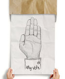 Hand gezeichnete Hand angehoben mit MEINER ABSTIMMUNG Stockbild