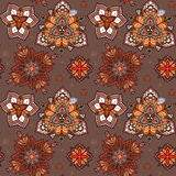 Hand gezeichnete Mandala nahtloses Muster von Blumen Stockbild