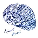 Hand gezeichnete Muschel mit ethnischem Motiv