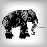 Hand gezeichneter Stammes- Totem-Elefant Stockbild