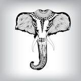 Hand gezeichneter Stammes- Totem-Hauptelefant Stockbild