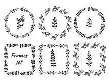 Hand gezeichneter Weinlesesatz von 6 um und von quadratischen Rahmen Winden Sie mit Niederlassungen für Zertifikat, Aufkleber und Stockfotos