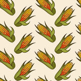 Hand gezeichnetes nahtloses Muster des Maiskolbens Stockfotos