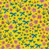 Hand gezeichnetes Sommerblumenmuster Nahtloser Hintergrund der abstrakten Natur des Vektors Lizenzfreies Stockfoto