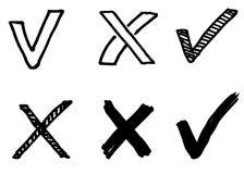 Hand gezeichnetes Vektorhäkchen und Kreuzzeichen Stockbilder