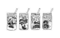 Hand gezeichnetes Vektorsommer-Eisgetränk mit Zitrusfrucht und Beeren Zitrone und Minze Detoxwasserskizze Lineare Illustration lizenzfreie abbildung