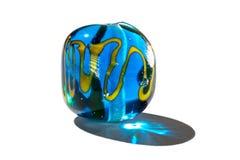 Hand - gjord blått och gul glass pärla Arkivfoton