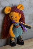 Hand - gjord docka och kläderleksak Royaltyfri Bild