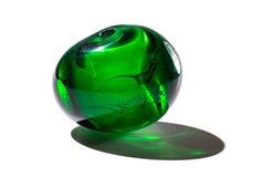 Hand - gjord grön glass pärla Arkivfoton