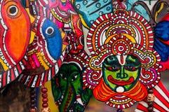 Hand - gjorda målningar av indiska gudar Arkivbilder